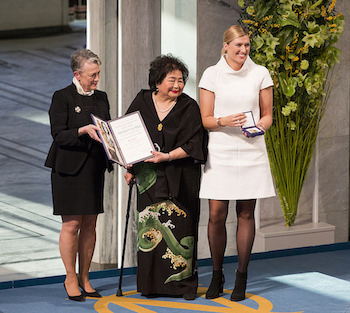 Photo (left in text): left to right – The Norwegian Nobel Committee Chair Berit Reiss-Andersen; ICAN campaigner Setsuko Thurlow who survived the bombing of Hiroshima as a 13-year-old; ICAN Executive Director Beatrice Fihn. Credit: ICAN