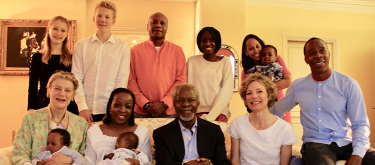 Kofi Annan with his loving family. Credit: Kofi Annan Foundation.