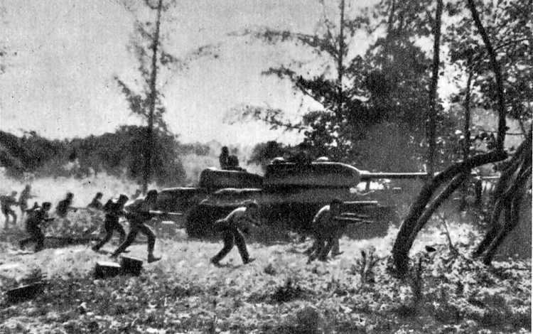 Photo: Counter-attack by Cuban Revolutionary Armed Forces supported by T-34 tanks near Playa Giron during the Bay of Pigs invasion, 19 April 1961, by CIA-led Cuban exiles who opposed Fidel Castro's Cuban Revolution. CC BY 3.0.