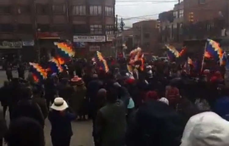 Photo: A demonstration in El Alto, Bolivia against the 2019 Bolivian coup d'etat. CC BY-SA 4.0