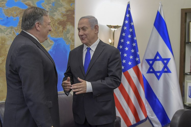 Photo: U.S. Secretary of State Mike Pompeo speaks with Benjamin Netanyahu, the Prime Minister of Israel, in Tel Aviv, on 29 April 2018. (State Department photo by Ron Przysucha / Public Domain).
