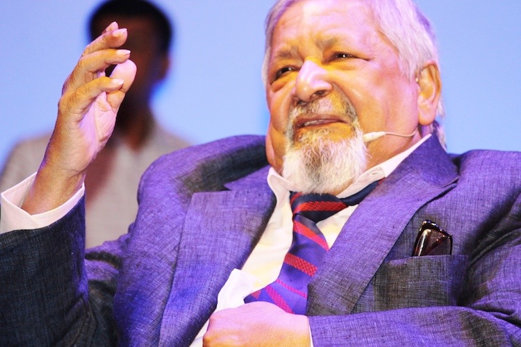 Photo: Nobel Laureate V. S. Naipaul, speaking in Dhaka, Bangladesh, in November 2016. CC BY-SA 4.0