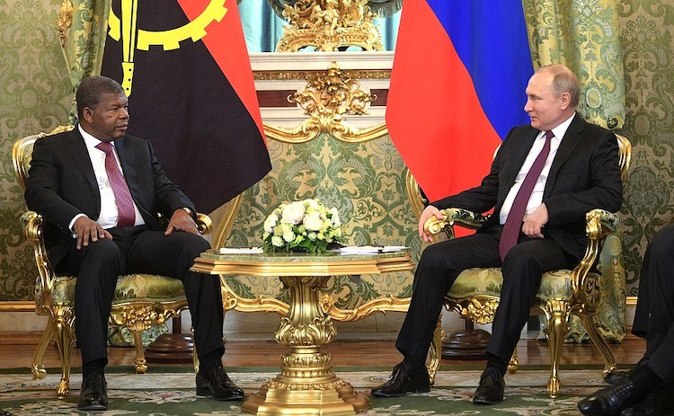 Photo: President Lourenço of Angola with President Putin of Russia. Credit: en.kremlin.ru