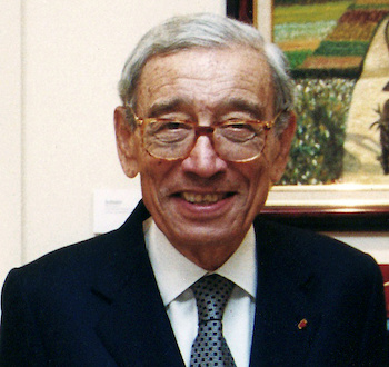 UN Secretary-General Boutros Boutros Ghali (1992-1996) at Naela Chohan's art exhibition for the 2002 International Women's Day at UNESCO in Paris.