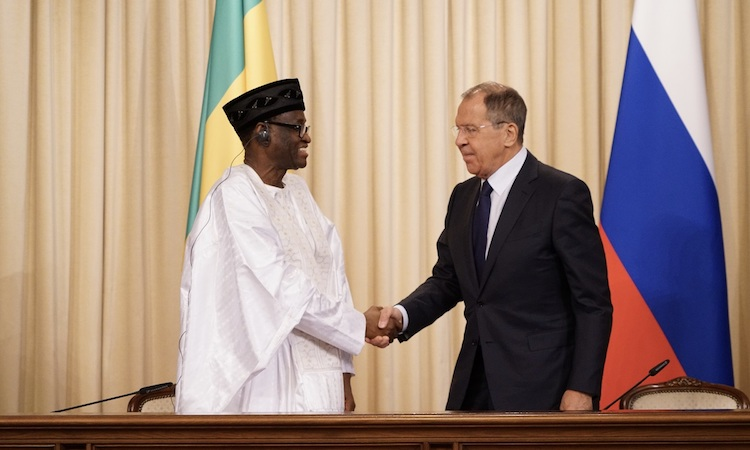 Photo: Russian Foreign Affairs Minister Sergey Lavrov (right) welcoming Minister of Foreign Affairs and International Cooperation of the Republic of Mali, Tiébilé Dramé (let), on June 10 in Moscow.