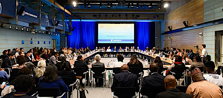 Photo: CSO Roundtable with Executive Directors at 2019 Annual Meetings. © World Bank.