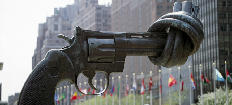 "Photo: The ""Non-Violence"" (or ""Knotted Gun"") sculpture by Swedish artist Carl Fredrik Reuterswärd on display at the UN Visitors' Plaza. Credit: UN"