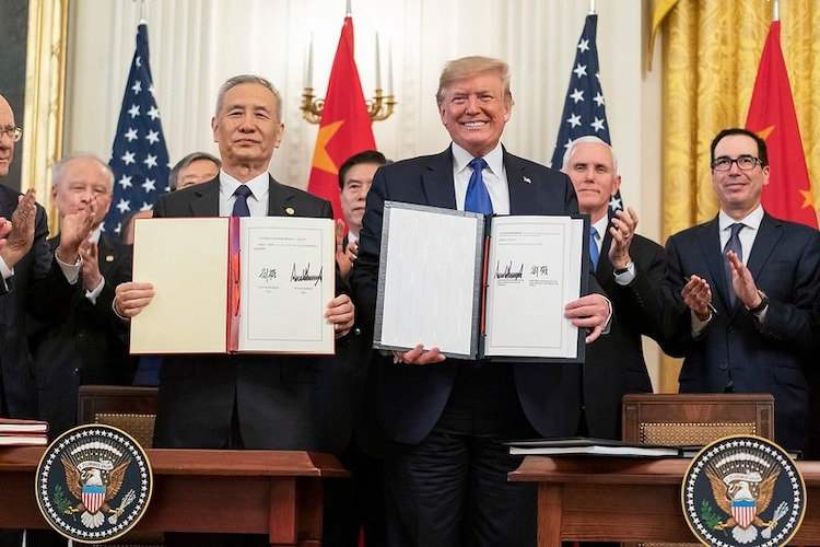 Photo: U.S. President Donald Trump withe Chinese Vice Premier Liu He. Source: The While House.